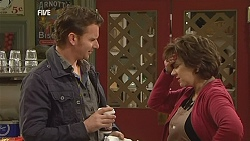 Lucas Fitzgerald, Lyn Scully in Neighbours Episode 6019