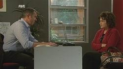Karl Kennedy, Lyn Scully in Neighbours Episode 6019