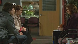 Declan Napier, Susan Kennedy, Rebecca Napier in Neighbours Episode 6020