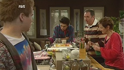 Ringo Brown, Zeke Kinski, Karl Kennedy, Susan Kennedy in Neighbours Episode 6021