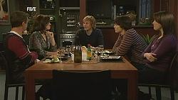Paul Robinson, Rebecca Napier, Andrew Robinson, Declan Napier, Kate Ramsay in Neighbours Episode 6022