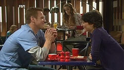 Michael Williams, Poppy Rogers, Ruby Rogers in Neighbours Episode 6022
