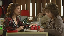 Rebecca Napier, Lyn Scully in Neighbours Episode 6023