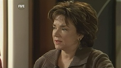 Lyn Scully in Neighbours Episode 6023