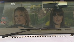 Steph Scully, Summer Hoyland in Neighbours Episode 6023