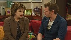 Lyn Scully, Lucas Fitzgerald in Neighbours Episode 6024