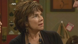 Lyn Scully in Neighbours Episode 6025
