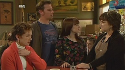 Susan Kennedy, Lucas Fitzgerald, Summer Hoyland, Lyn Scully in Neighbours Episode 6025