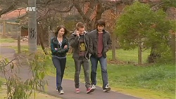 Kate Ramsay, Ringo Brown, Declan Napier in Neighbours Episode 6025
