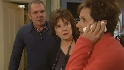 Karl Kennedy, Lyn Scully, Susan Kennedy in Neighbours Episode 6026