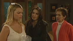 Donna Freedman, Libby Kennedy, Susan Kennedy in Neighbours Episode 6026