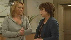 Steph Scully, Lyn Scully in Neighbours Episode 6027