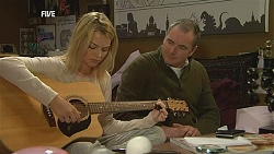 Donna Freedman, Karl Kennedy in Neighbours Episode 6027