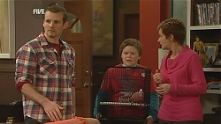 Toadie Rebecchi, Callum Jones, Susan Kennedy in Neighbours Episode 6028
