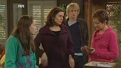 Sophie Ramsay, Rebecca Napier, Andrew Robinson, Susan Kennedy in Neighbours Episode 6028