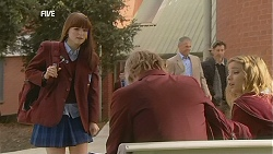 Summer Hoyland, Andrew Robinson, Natasha Williams in Neighbours Episode 6029