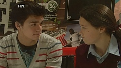 Zeke Kinski, Sophie Ramsay in Neighbours Episode 6029