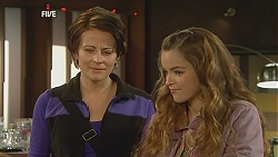 Ruby Rogers, Poppy Rogers in Neighbours Episode 6030