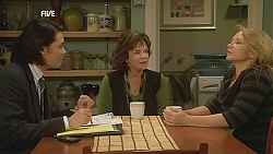 Phillip Green, Lyn Scully, Steph Scully in Neighbours Episode 6031