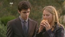 Zeke Kinski, Donna Freedman in Neighbours Episode 6031