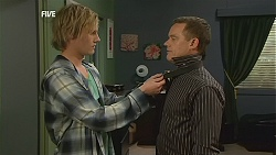 Andrew Robinson, Paul Robinson in Neighbours Episode 6032