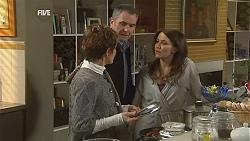 Susan Kennedy, Karl Kennedy, Libby Kennedy in Neighbours Episode 6033