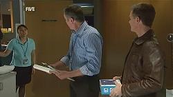 Nurse Jodie Smith, Karl Kennedy, Paul Robinson in Neighbours Episode 6033