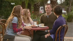 Poppy Rogers, Natasha Williams, Michael Williams, Ruby Rogers in Neighbours Episode 6033