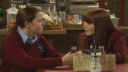 Sophie Ramsay, Summer Hoyland in Neighbours Episode 6034
