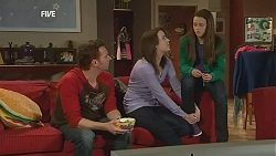 Lucas Fitzgerald, Kate Ramsay, Sophie Ramsay in Neighbours Episode 6035