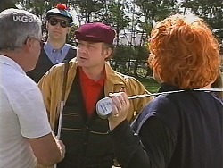 Lou Carpenter, Golfer, Cheryl Stark in Neighbours Episode 2418