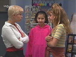 Lucy Robinson, Miranda Starvaggi, Hannah Martin in Neighbours Episode 2418
