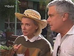Helen Daniels, Lou Carpenter in Neighbours Episode 2418