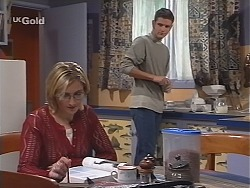 Jen Handley, Luke Handley in Neighbours Episode 2424