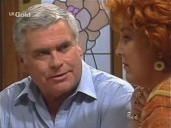 Lou Carpenter, Cheryl Stark in Neighbours Episode 2425