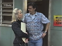 Annalise Hartman, Sam Kratz in Neighbours Episode 2425