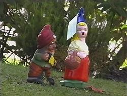 in Neighbours Episode 2425