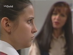 Stacey Griffiths, Susan Kennedy in Neighbours Episode 2432