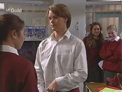 Melissa Drenth, Billy Kennedy, Olivia Rezzara in Neighbours Episode 2433
