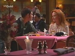 Luke Handley, Ren Gottlieb in Neighbours Episode 2433