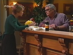 Danni Stark, Lou Carpenter in Neighbours Episode 2435