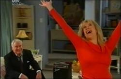 Lou Carpenter, Trixie Tucker in Neighbours Episode 4408