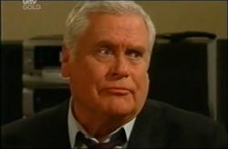 Lou Carpenter in Neighbours Episode 4408