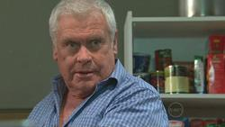Lou Carpenter in Neighbours Episode 5278