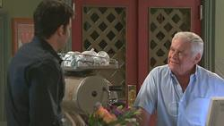 Frazer Yeats, Lou Carpenter in Neighbours Episode 5280