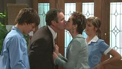 Zeke Kinski, Karl Kennedy, Susan Kennedy, Rachel Kinski in Neighbours Episode 5280