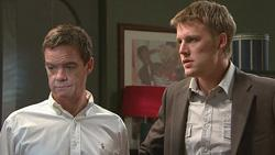 Paul Robinson, Oliver Barnes in Neighbours Episode 5281