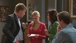 Oliver Barnes, Elle Robinson, Rebecca Napier, Paul Robinson in Neighbours Episode 5282
