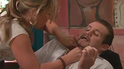 Steph Scully, Toadie Rebecchi in Neighbours Episode 5282