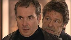 Karl Kennedy, Detective Alec Skinner in Neighbours Episode 5285
